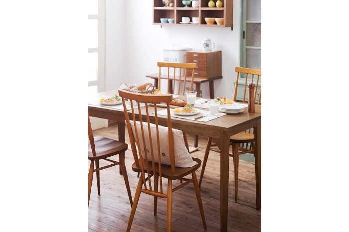アーコールチェア イギリスアンティーク 和製アンティークのダイニングテーブル