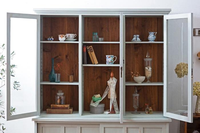 アンティークの飾り棚 ペイント家具