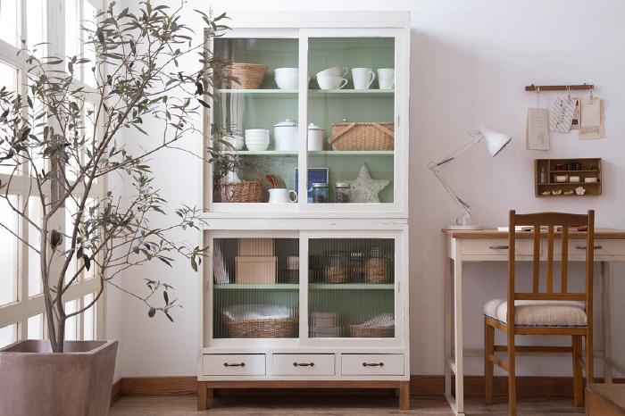 ホワイトペイント 脚付き食器棚 ペイント平机 チェア