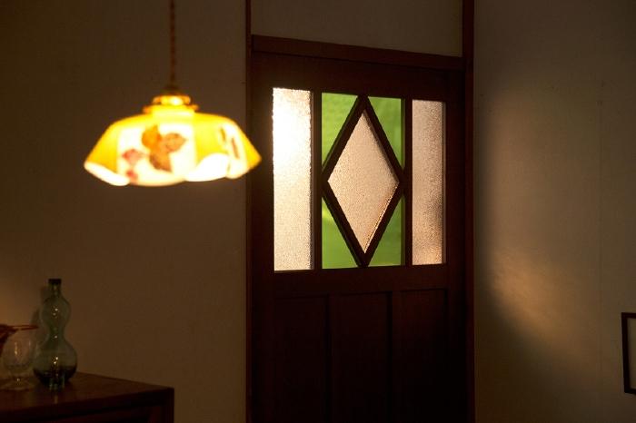 アンティーク 色ガラス ドア
