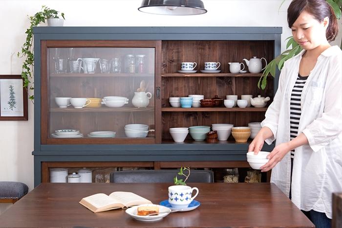 ダイニングキッチン ペイント家具 食器棚