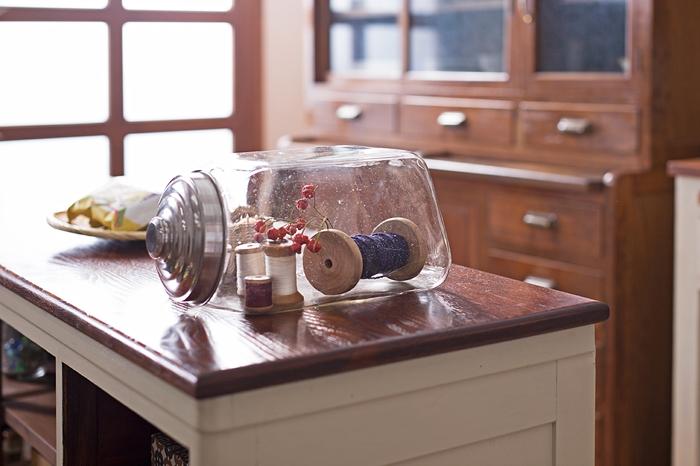 古いレトロなガラス瓶 カウンターテーブル