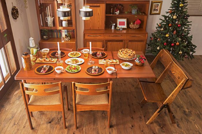 北欧ビンテージダイニング チェア パーティ料理