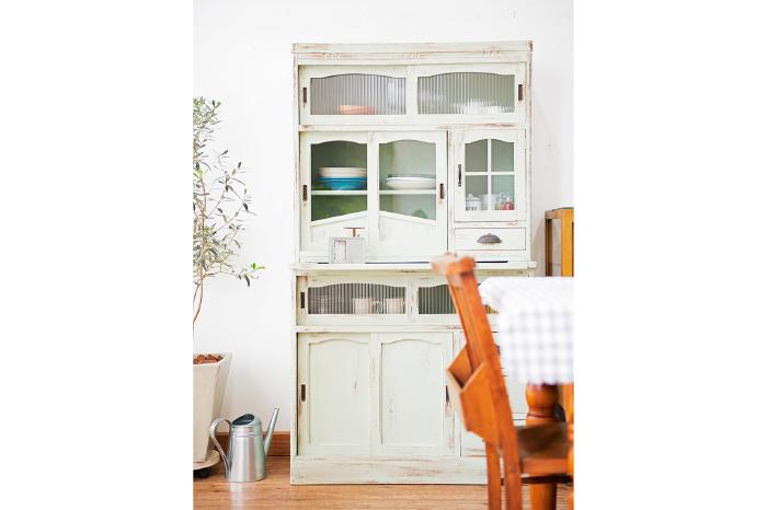 ペイント食器棚 キッチン