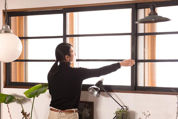 モールガラス引き戸 窓