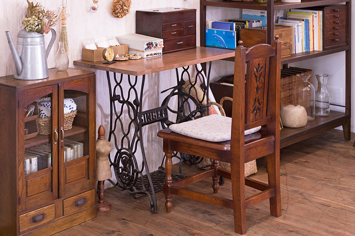 ミシンテーブル 手芸部屋