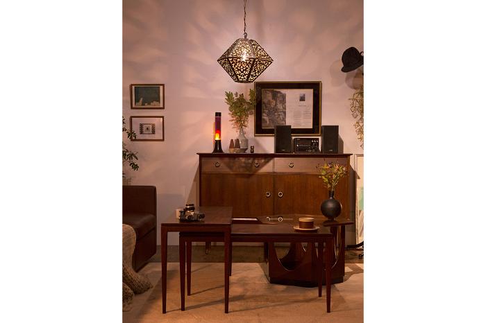 北欧家具のサイドボード リビングテーブル