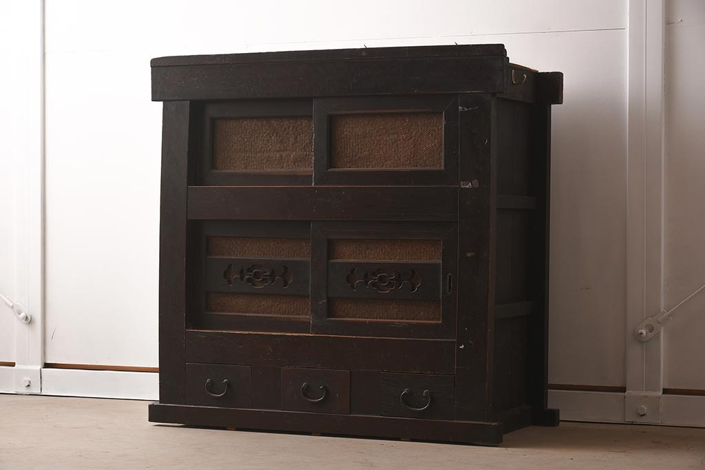 そのデザインひと目惚れ。北欧ヴィンテージの「収納家具」に注目!
