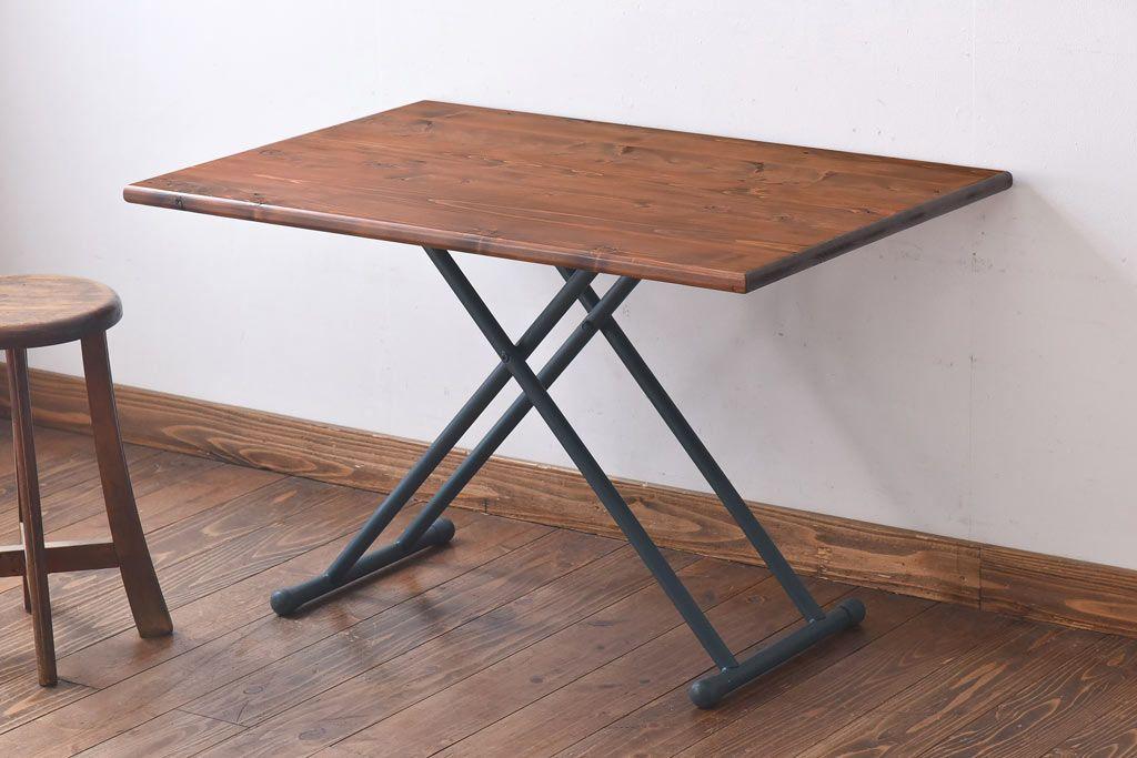 ヴィンテージが落ち着く。鉄脚テーブルのダイニングコーディネート