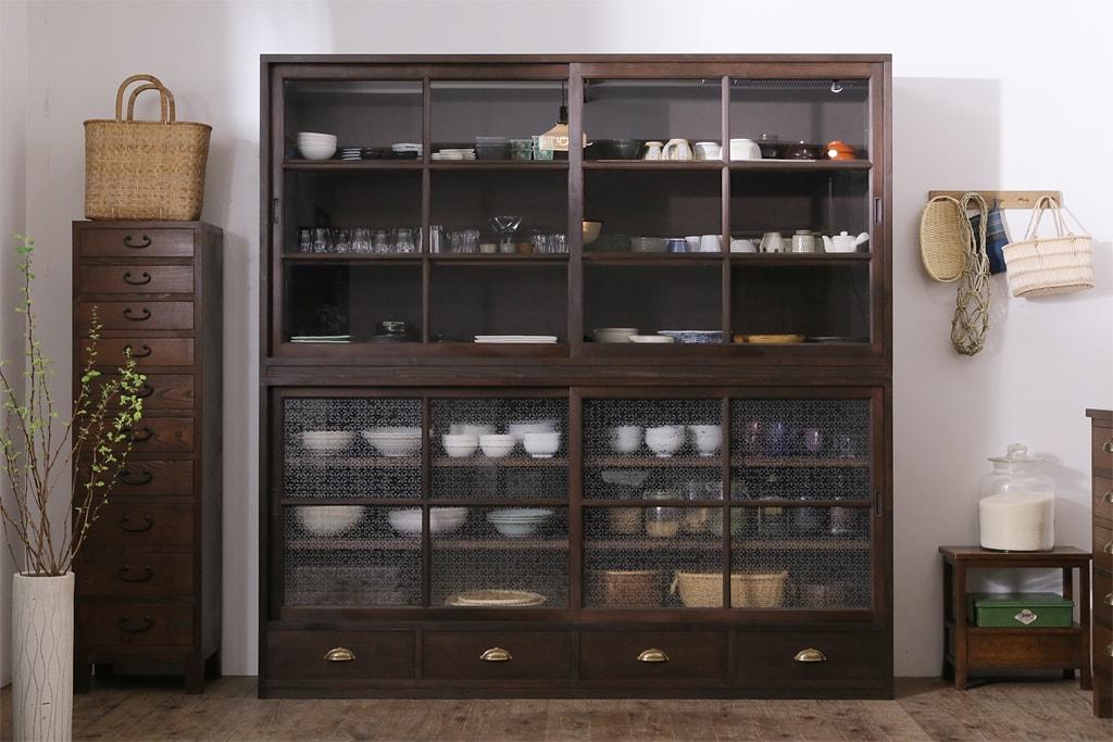 お手伝いも楽になる、日常使い食器の出し入れしやすい簡単収納術