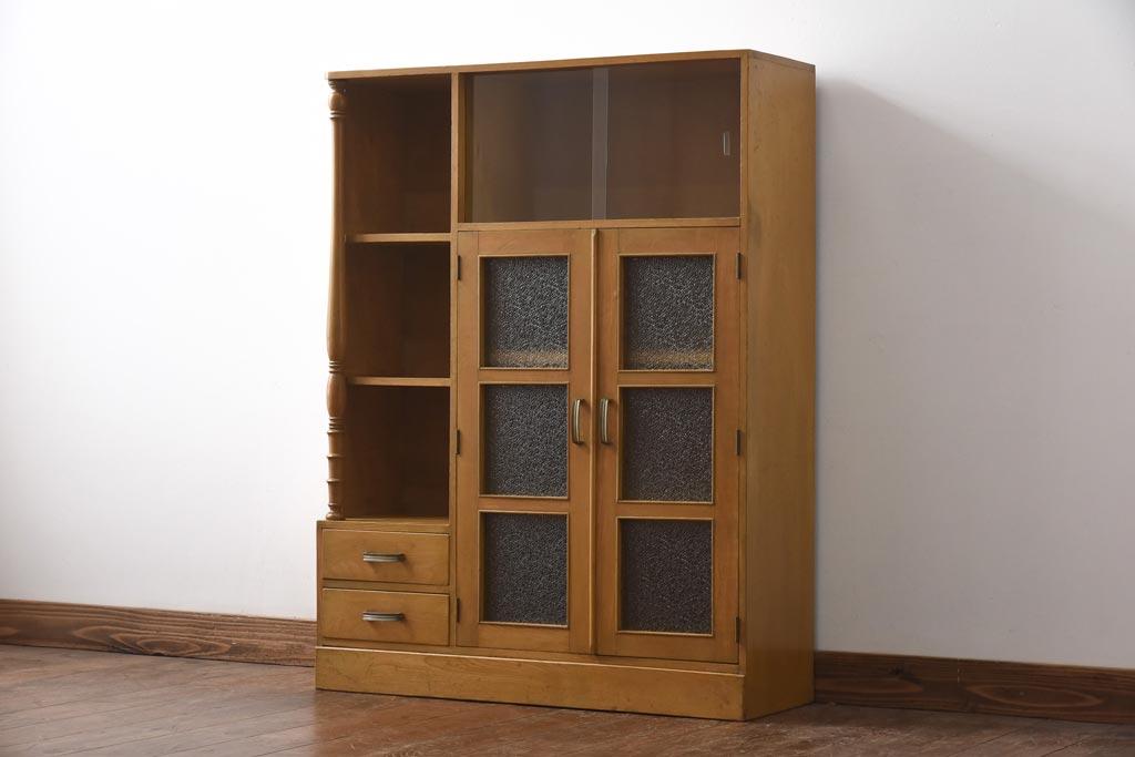 普段使いでも素敵に!和食器収納におすすめのアンティーク食器棚