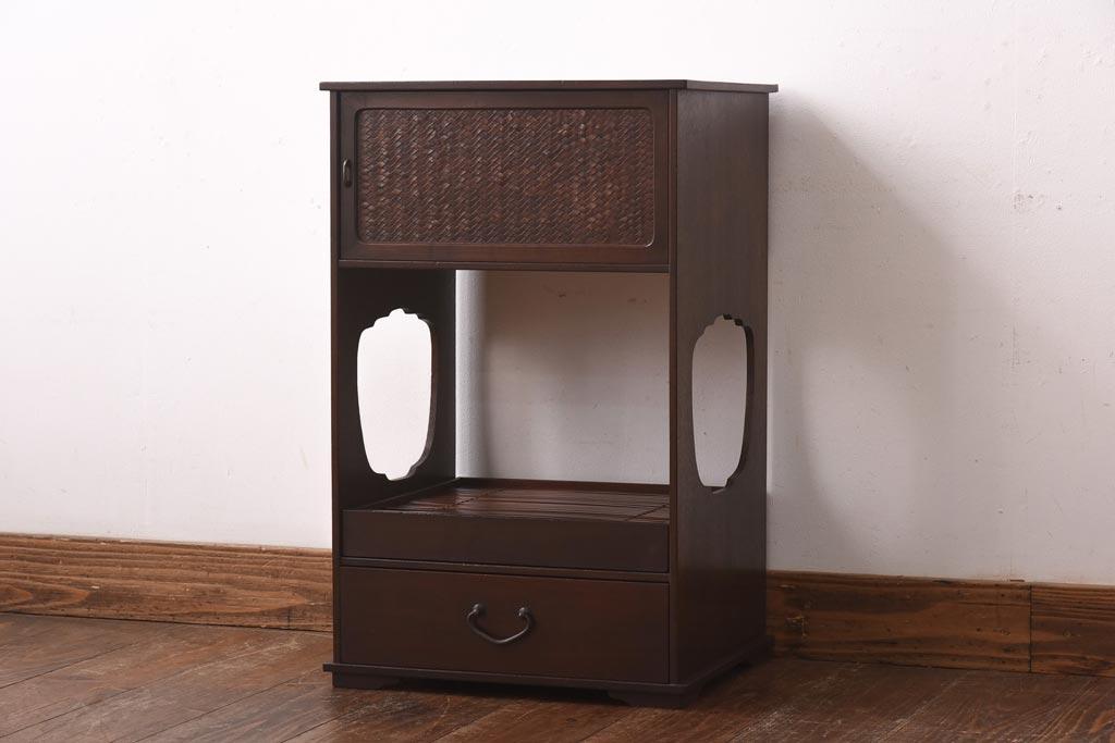 ポイントは丸い形!アンティーク家具で大正ロマンなインテリアを実現