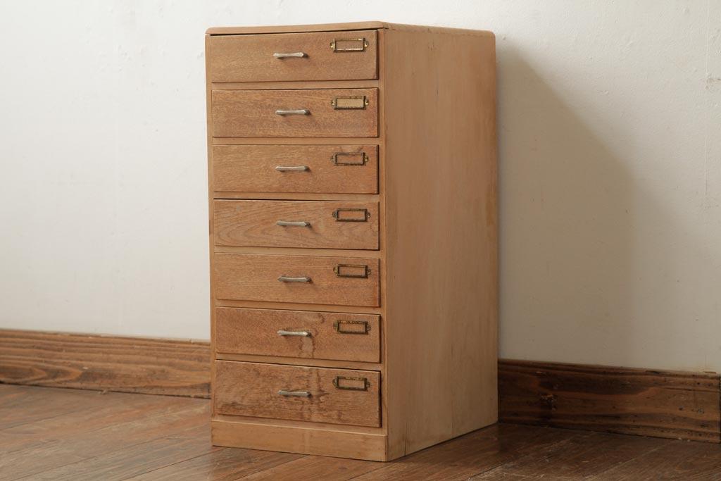 手紙やハガキ、便せんをまとめて収納!おすすめアンティーク家具