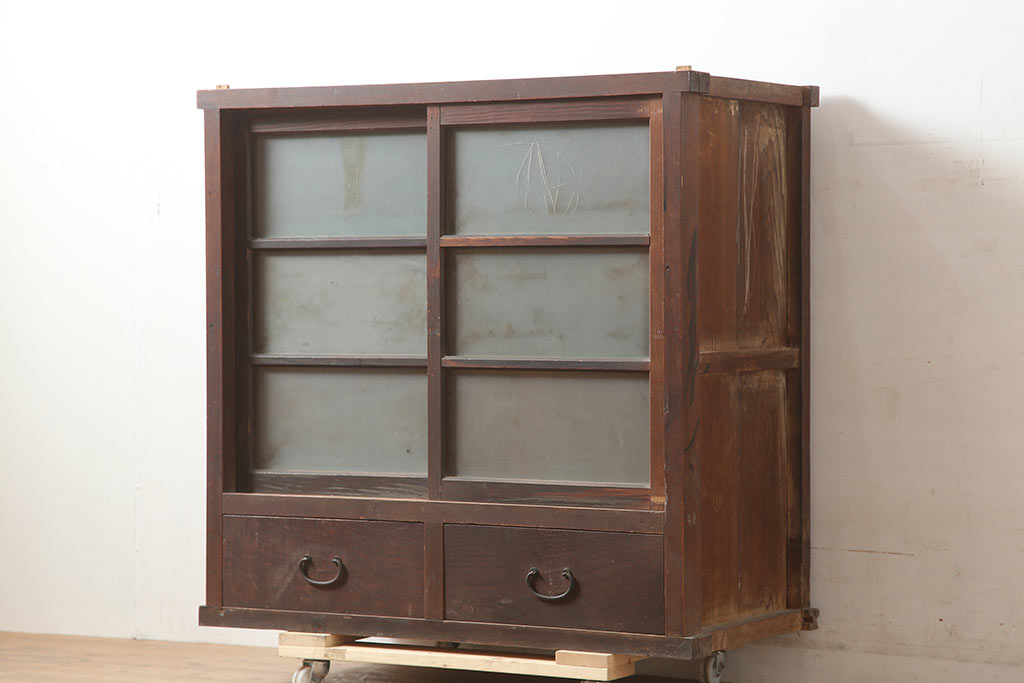 和洋折衷なアンティーク書斎に。大正ロマン家具で叶える部屋作り