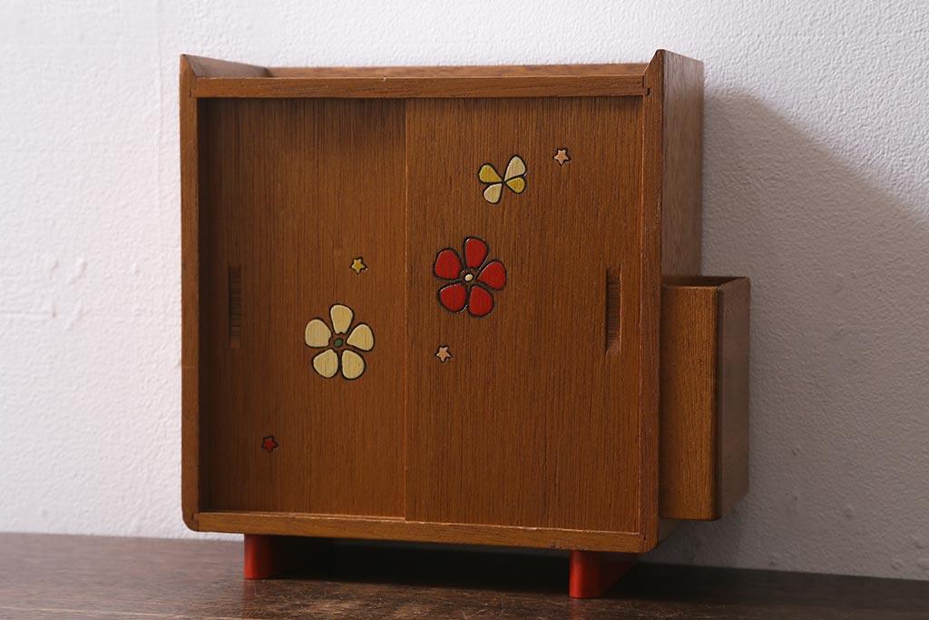 バッグをおしゃれに片づける。見せる収納におすすめの家具&雑貨たち
