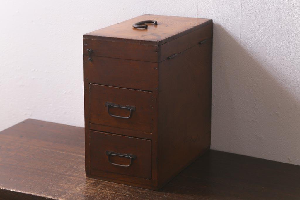 ナチュラルスタイルに和家具をプラスしたインテリア実例