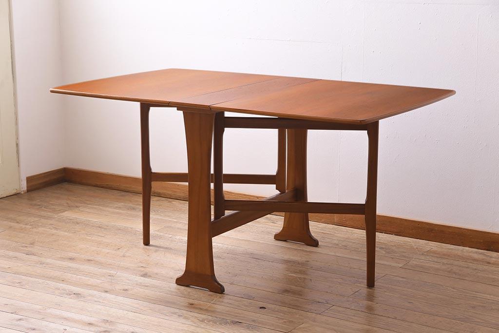 伸縮ダイニングテーブルはアンティークが素敵!気になるデザイン一覧