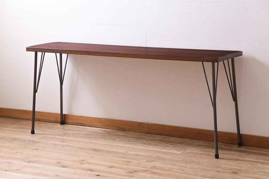 木製アンティーク台でも出来る!キッチン配置別のワークスペース例