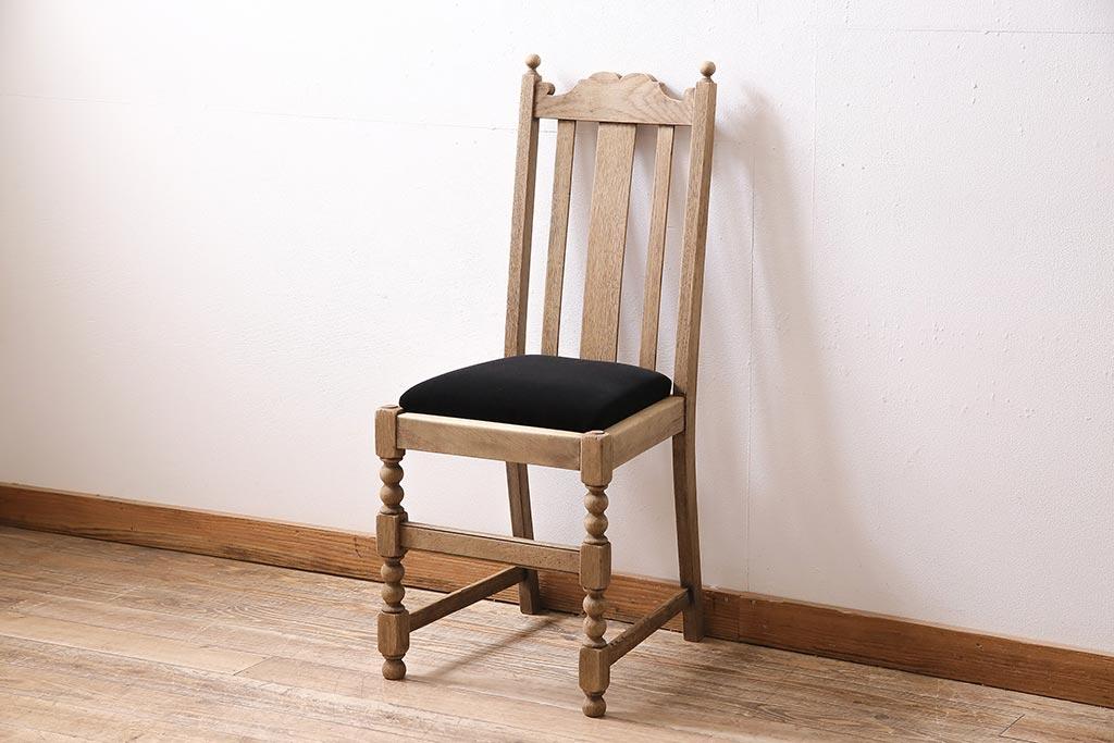 古家具の部屋作りの参考ポイント。木が主役のレトロコーディネート例