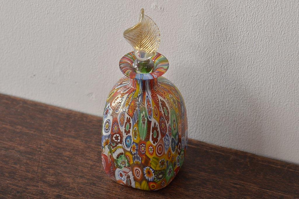 アンティーク雑貨の定番!使い方いろいろの古いレトロなガラス瓶
