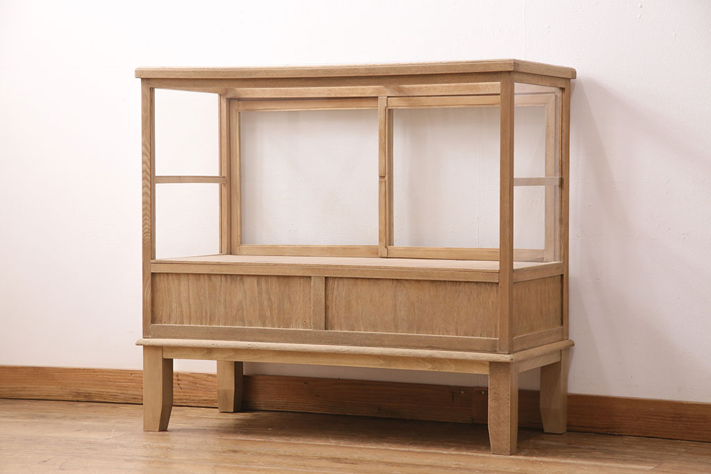 子供部屋やダイニングキッチンに。間仕切り+収納力が魅力の家具