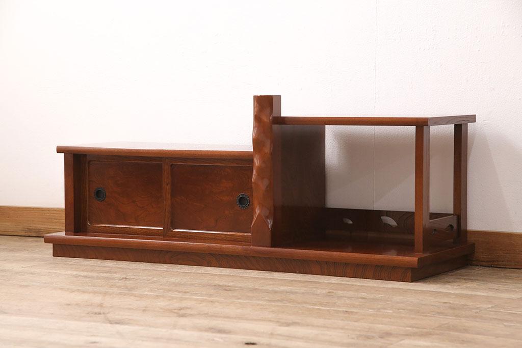 おしゃれなアンティークでも使いやすい。脚付き収納家具のメリット